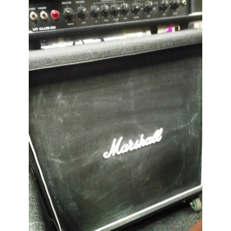 Marshall AVT 412B, 200 Watt, 8 Ohm (mono), speakers 4 x 12inches Celestion