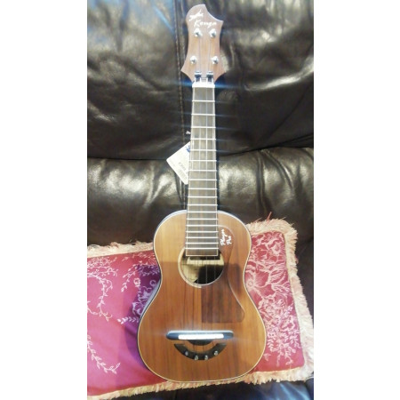 Kouga Player Pro Concert Ukulele. Handmade in the UK. Stunning! Solid Red Cedar Top,  Solid Walnut Back and Si
